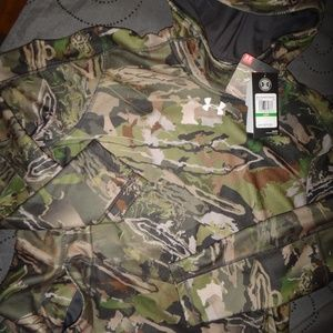 UNDER ARMOUR ZEPHYR FOREST CAMO HOODIE SIZE L $75